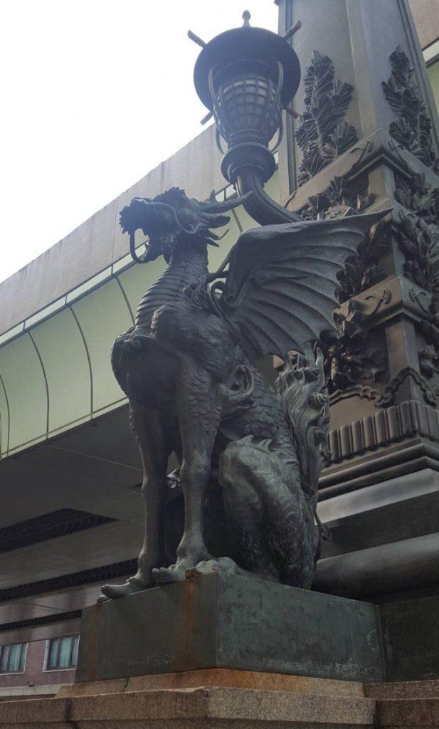 日本橋を象徴する麒麟像